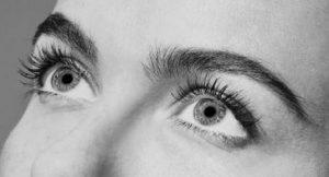 Ooglaseren droge ogen.